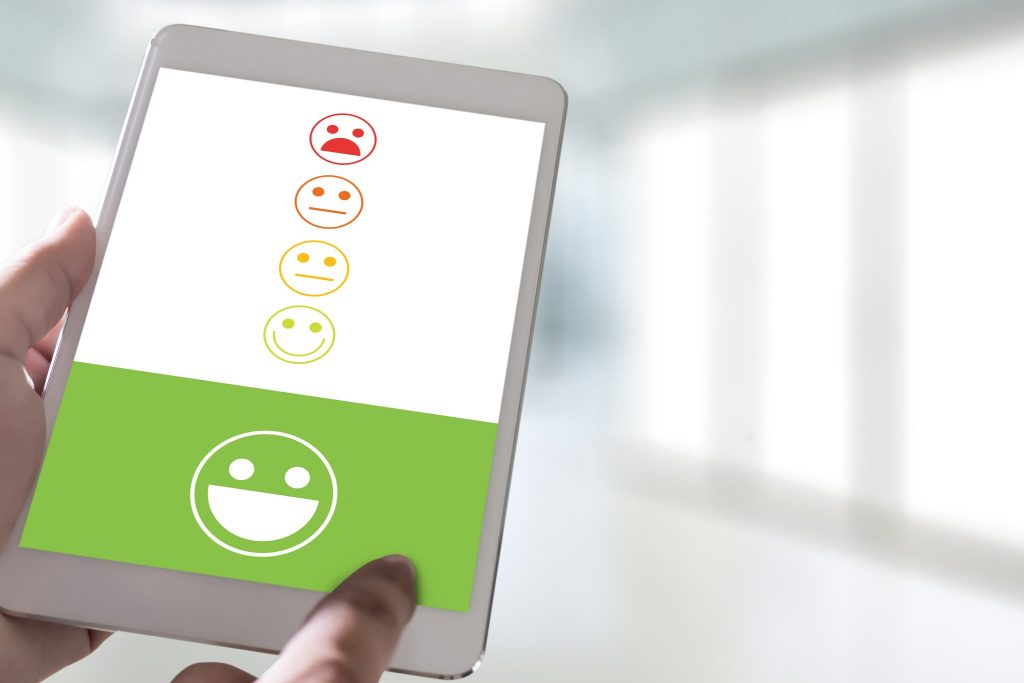 pressing smiley face emoticon The Customer Service Target Business Customer review give a five star
